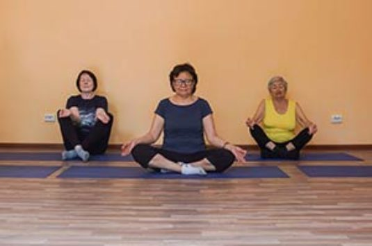 Йога для тех кому за 50